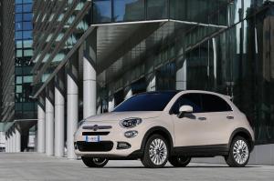 Fiat 500X: anteprima esclusiva negli showroom e nelle più belle piazze d'Italia