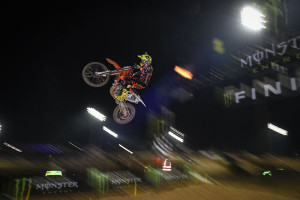 Cairoli and Herlings go wide open at the opener