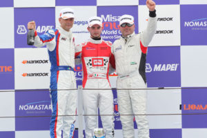 Podio TCR gara 2, Alberto Viberti (Seat Leon Racer S.G.-TCR #47), Roberto Colciago (AGS,Honda Civic TCR 2015-TCR #5), DallAntonia-Piccin (BF Racing,Seat Leon Racer-TCR #7)